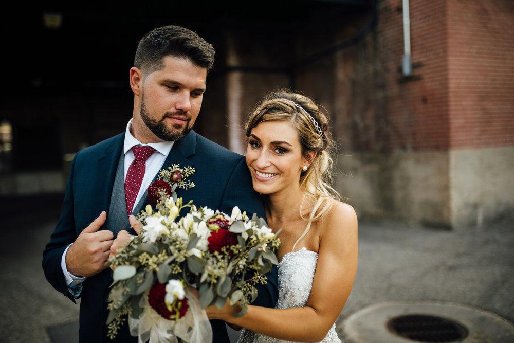Erin-Chad-Portraits-Michigan-Wedding-Photographer-291.jpg