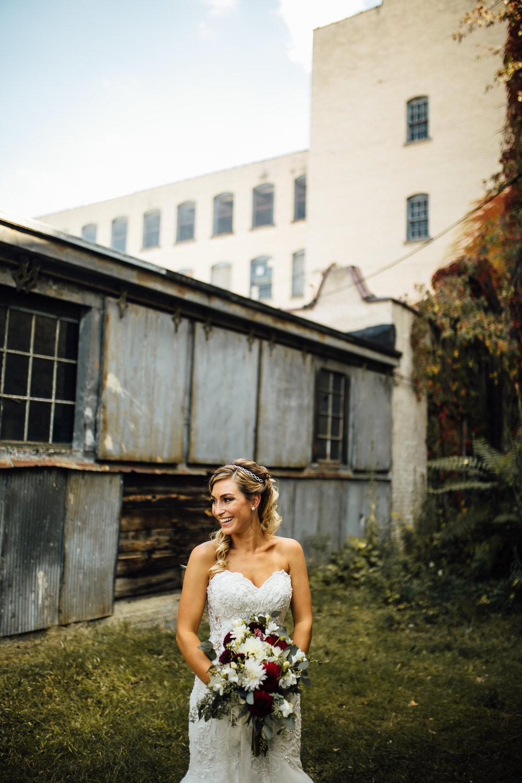 Erin-Chad-Portraits-Michigan-Wedding-Photographer-40.jpg