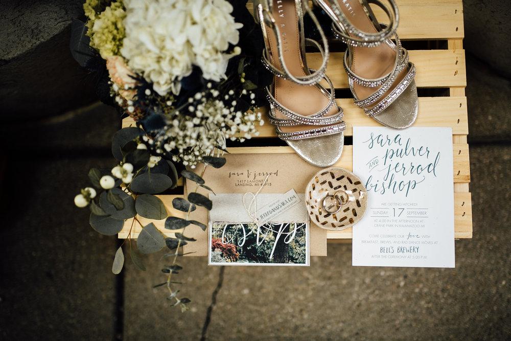 Sara-Jerrod-Preparations-Michigan-Wedding-Photographer-17.jpg