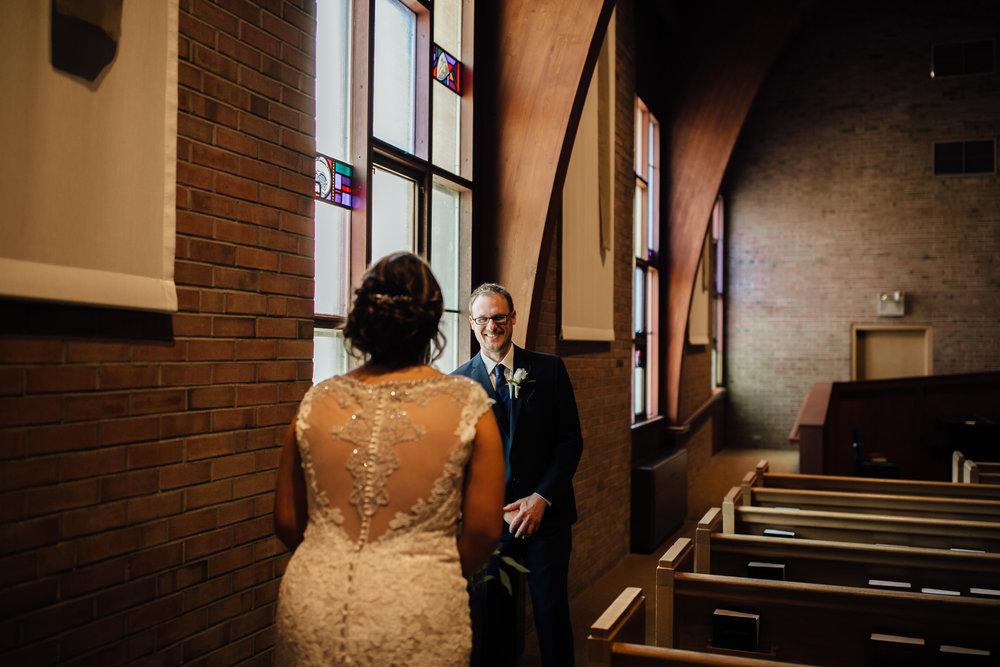 2018-5-Kate-Nick-Grand-Rapids-Wedding-Michigan-Wedding-Photographer-4998.jpg