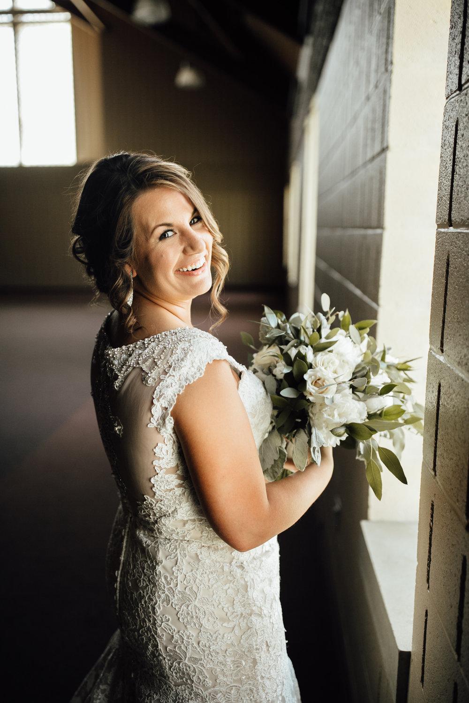 2018-5-Kate-Nick-Grand-Rapids-Wedding-Michigan-Wedding-Photographer-5142.jpg