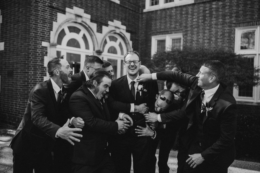 2018-5-Kate-Nick-Grand-Rapids-Wedding-Michigan-Wedding-Photographer-6230.jpg