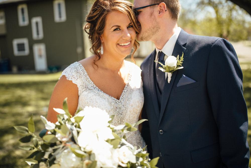 2018-5-Kate-Nick-Grand-Rapids-Wedding-Michigan-Wedding-Photographer-5600.jpg