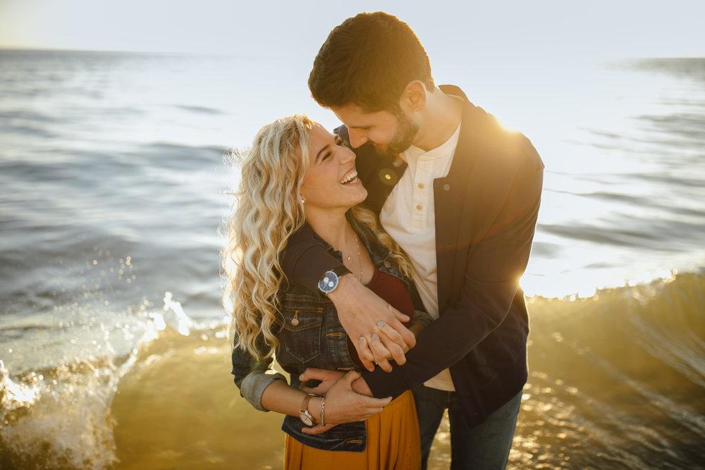 2018-9-Cait-Matt-Muskegon-Beach-Engagement-Michigan-Wedding-Photographer-3473.jpg