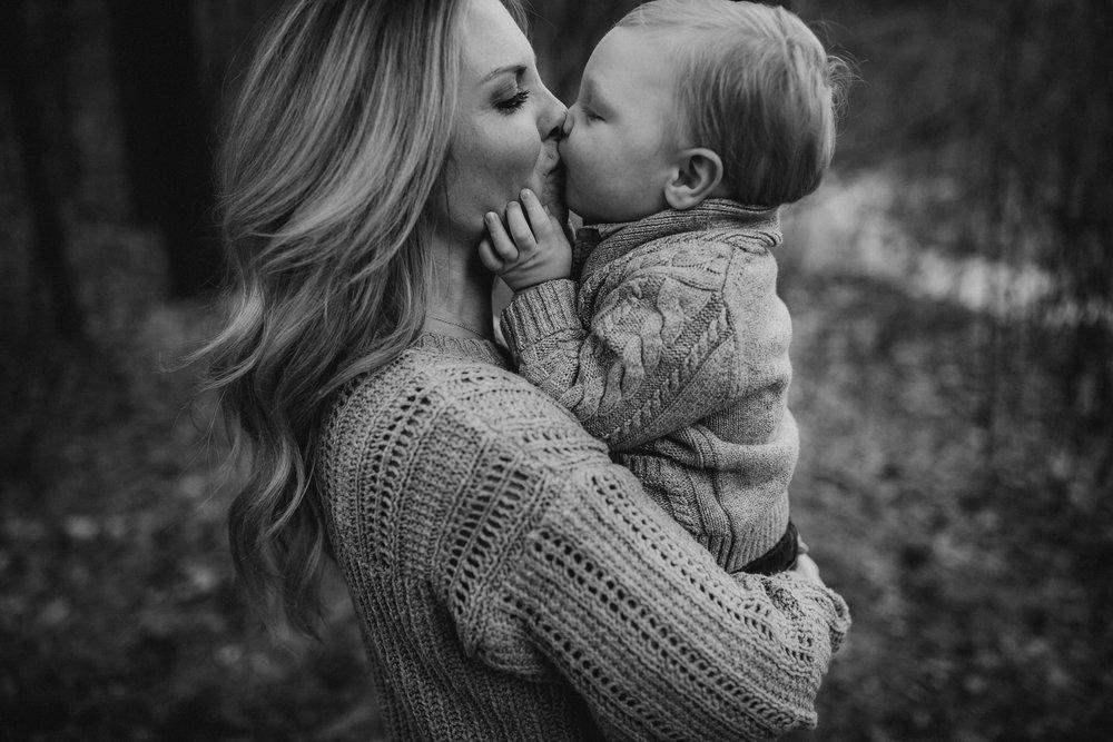 2018-12-Vandyke-Family-Grand-Rapids-Michigan-Family-Photographer-41.jpg