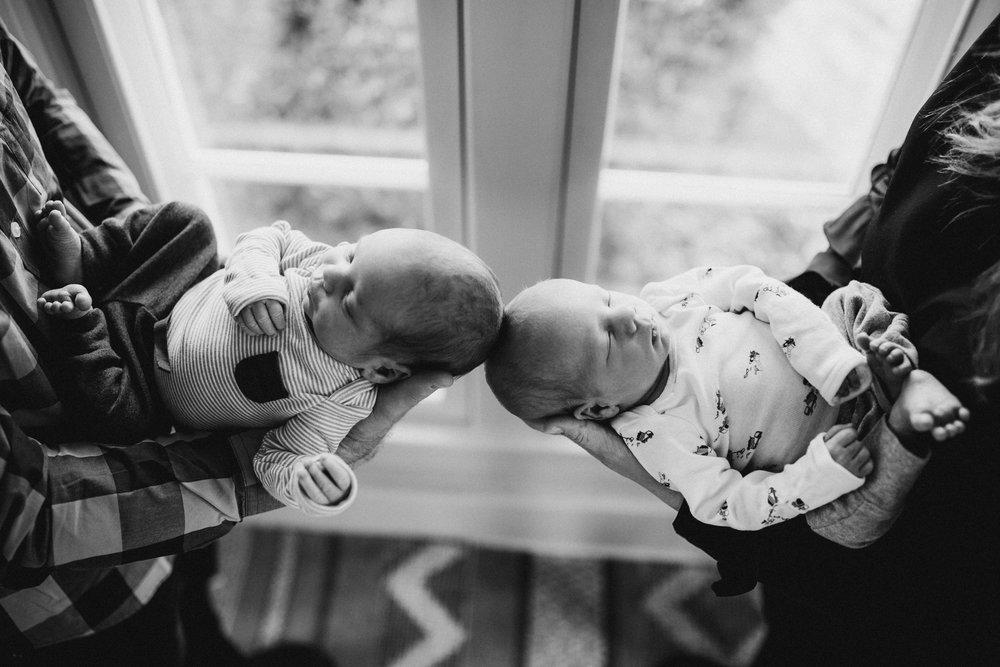 2018-12-Krass-Family-Newborn-Lifetstyle-Grand-Rapids-Michigan-Family-Photographer-4299.jpg