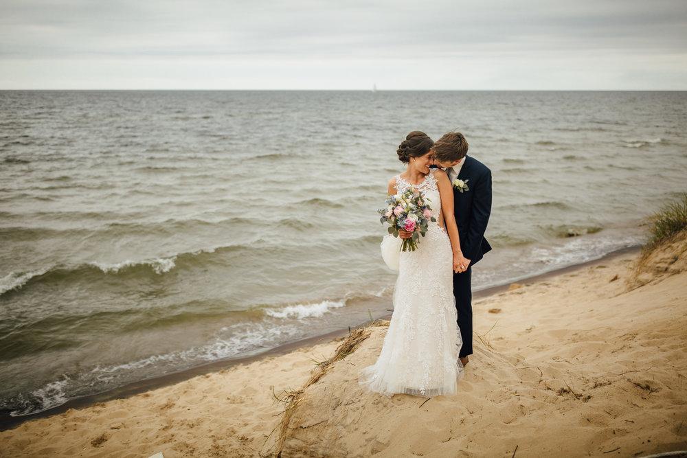 2018-6-Jordan-Caleb-Portraits-Holland-Wedding-Michigan-Wedding-Photographer-115.jpg