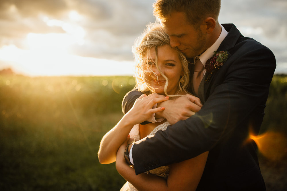 2018-9-Tessa-Aaron-Golden-Hour-Wildwood-Family-Farms-Wedding-Michigan-Wedding-Photographer-92.jpg