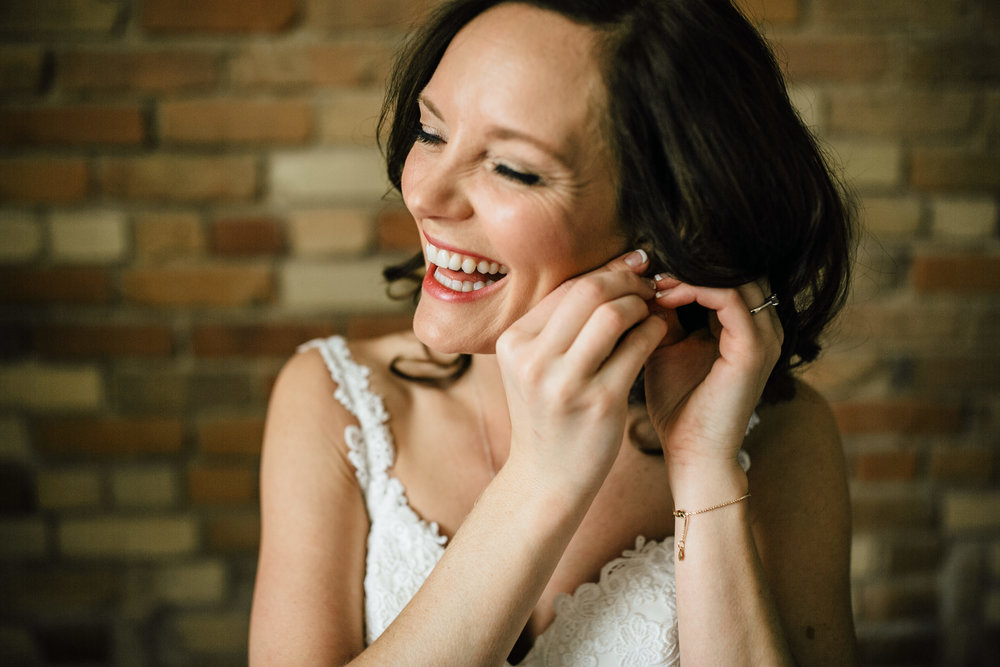 2018-1-Trisha-Craig-Preparations-Grand-Rapids-Wedding-Michigan-Wedding-Photographer-81.jpg