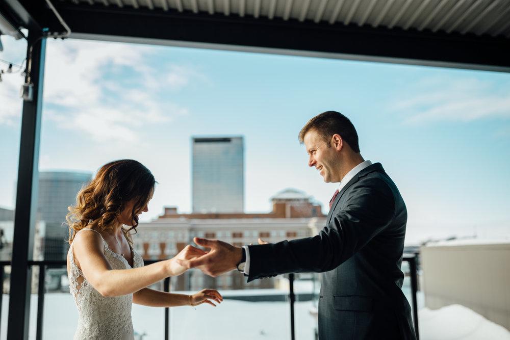 2018-1-Trisha-Craig-First-Look-Grand-Rapids-Wedding-Michigan-Wedding-Photographer-19.jpg