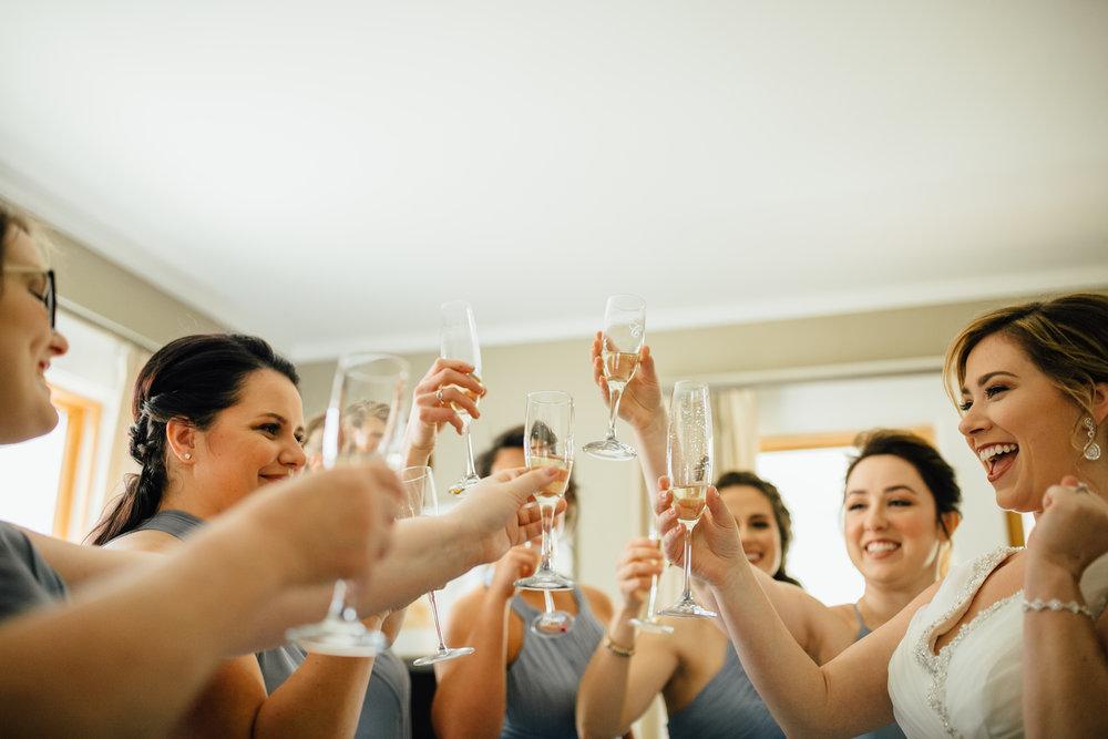 2018-4-Kim-Nick-Detroit-Wedding-Preparations-Michigan-Wedding-Photographer-134.jpg