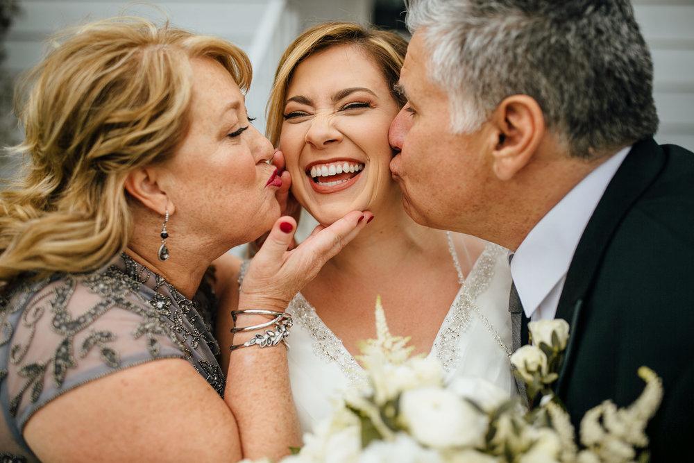 2018-4-Kim-Nick-Detroit-Wedding-Preparations-Michigan-Wedding-Photographer-179.jpg