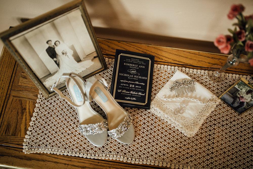 2018-4-Kim-Nick-Detroit-Wedding-Preparations-Michigan-Wedding-Photographer-12.jpg