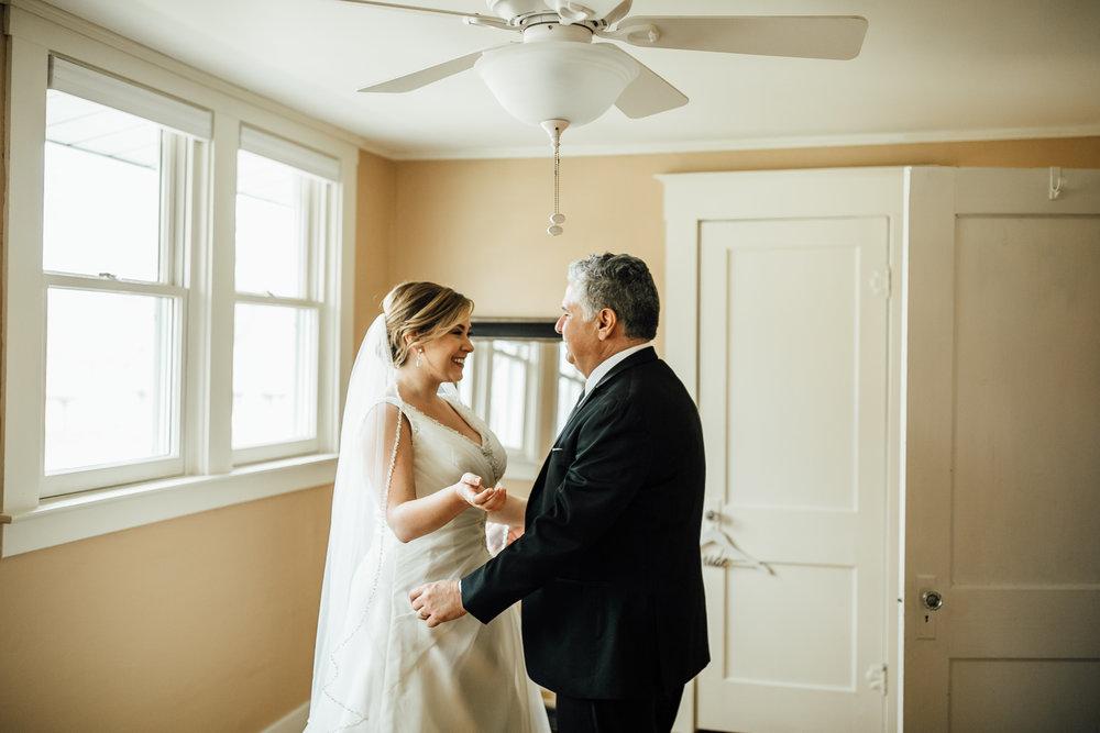2018-4-Kim-Nick-Detroit-Wedding-Preparations-Michigan-Wedding-Photographer-78.jpg