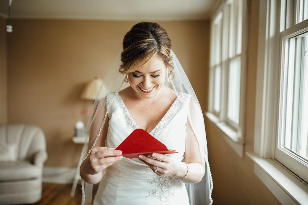 2018-4-Kim-Nick-Detroit-Wedding-Preparations-Michigan-Wedding-Photographer-95.jpg