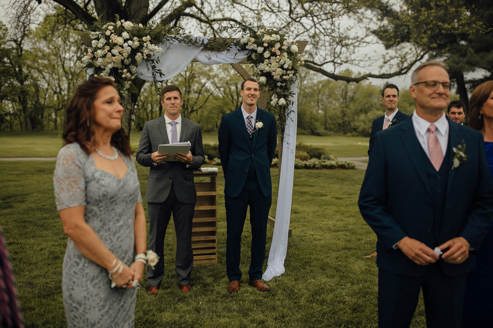 2018-5-Sammi-Travis-Ceremony-Grand-Rapids-Michigan-Wedding-Photographer-117.jpg