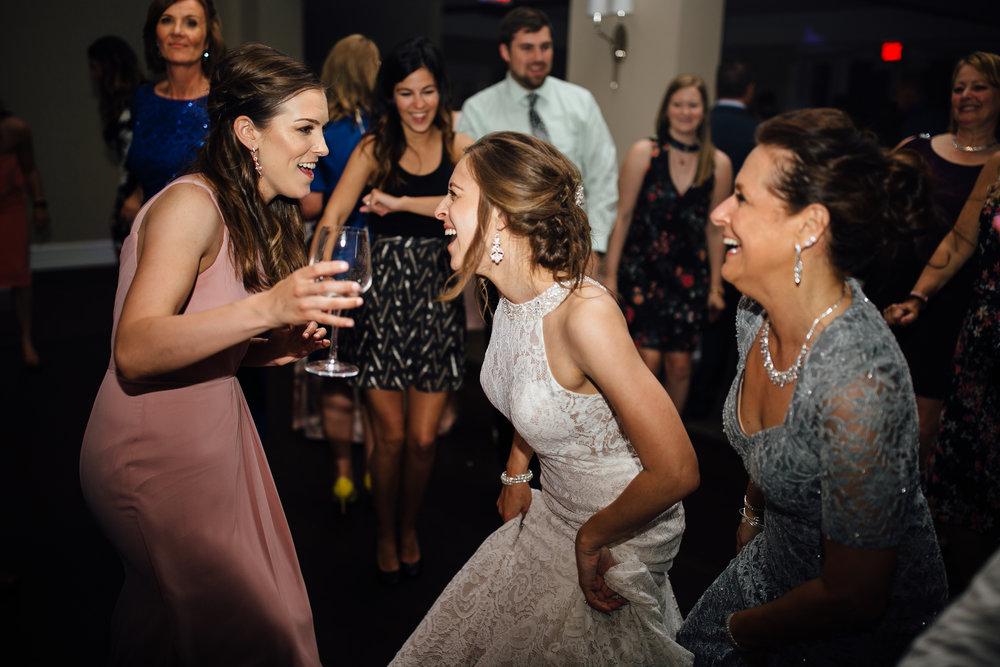 2018-5-Sammi-Travis-Reception-Grand-Rapids-Michigan-Wedding-Photographer-196.jpg