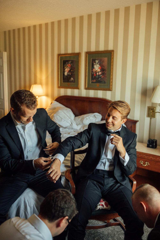 2018-8-Chelsea-Rich-Preparations-Aurora-Cellars-Traverse-City-Wedding-Michigan-Wedding-Photographer-109.jpg