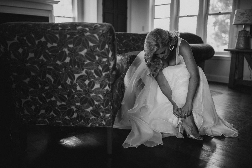 2018-8-Chelsea-Rich-Preparations-Aurora-Cellars-Traverse-City-Wedding-Michigan-Wedding-Photographer-78.jpg