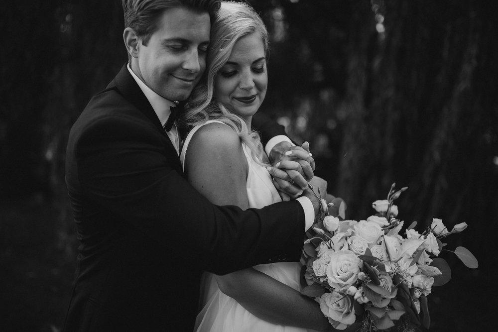 2018-8-Chelsea-Rich-Portraits-Aurora-Cellars-Traverse-City-Wedding-Michigan-Wedding-Photographer-304.jpg