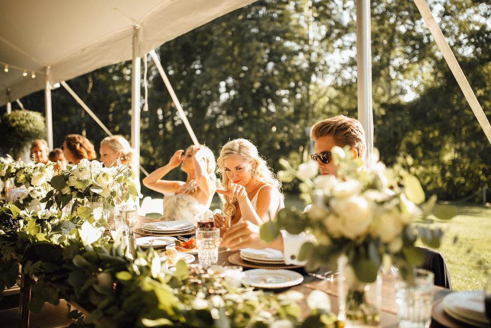 2018-8-Chelsea-Rich-Reception-Aurora-Cellars-Traverse-City-Wedding-Michigan-Wedding-Photographer-120.jpg