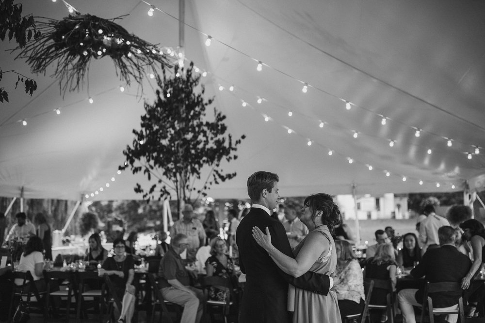 2018-8-Chelsea-Rich-Reception-Aurora-Cellars-Traverse-City-Wedding-Michigan-Wedding-Photographer-324.jpg