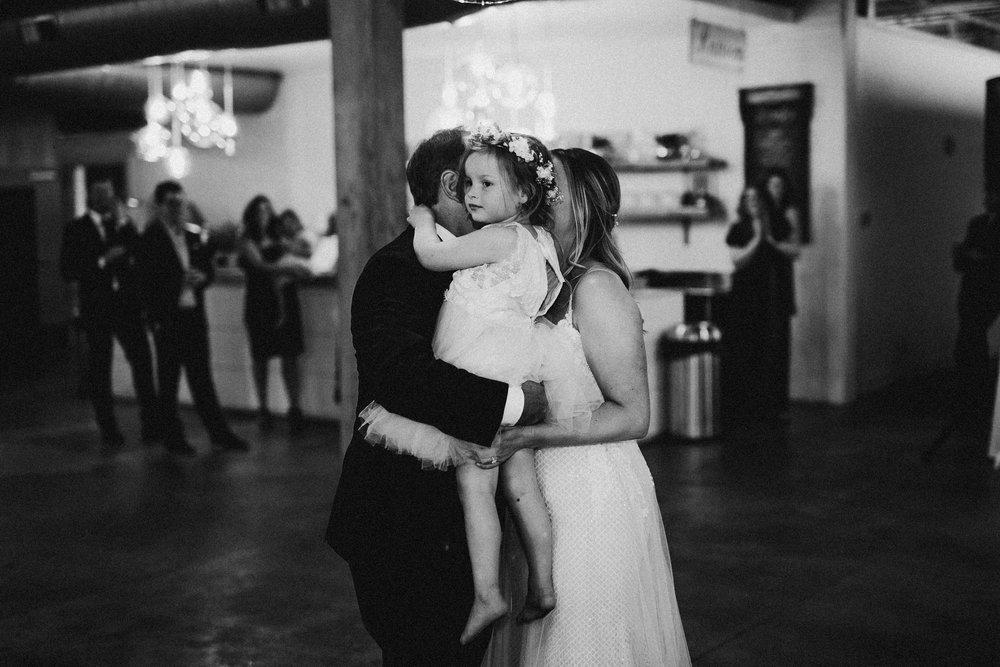 2018-6-Maggie-Johnny-Reception-Cheney-Place-Wedding-Grand-Rapids-Michigan-Wedding-Photographer-209.jpg