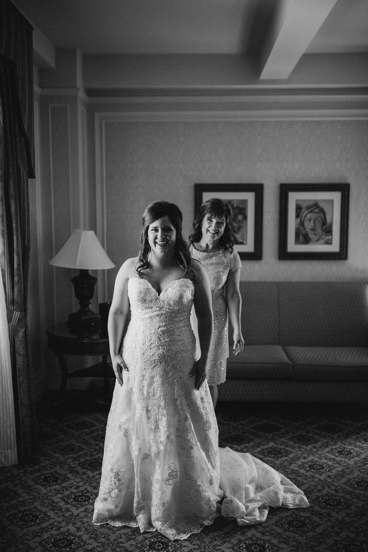 2018-5-Kelly-Jake-Preparations-Grand-Rapids-Wedding-Michigan-Wedding-Photographer-67.jpg