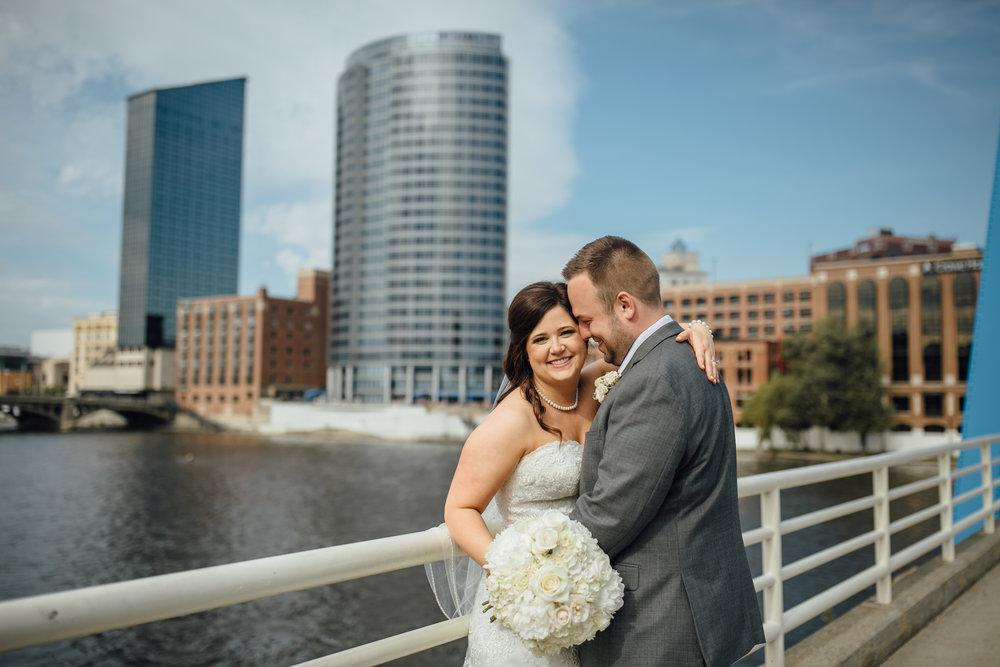 2018-5-Kelly-Jake-Portraits-Grand-Rapids-Wedding-Michigan-Wedding-Photographer-436.jpg