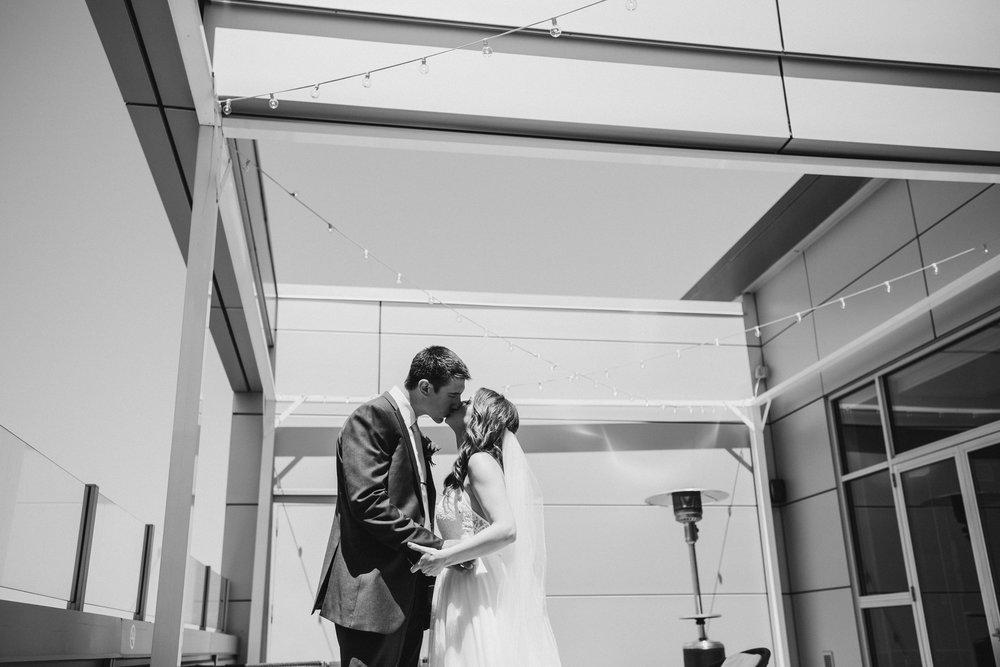 2018-6-Katarina-Mike-First-Look-Holland-Wedding-Michigan-Wedding-Photographer-36.jpg