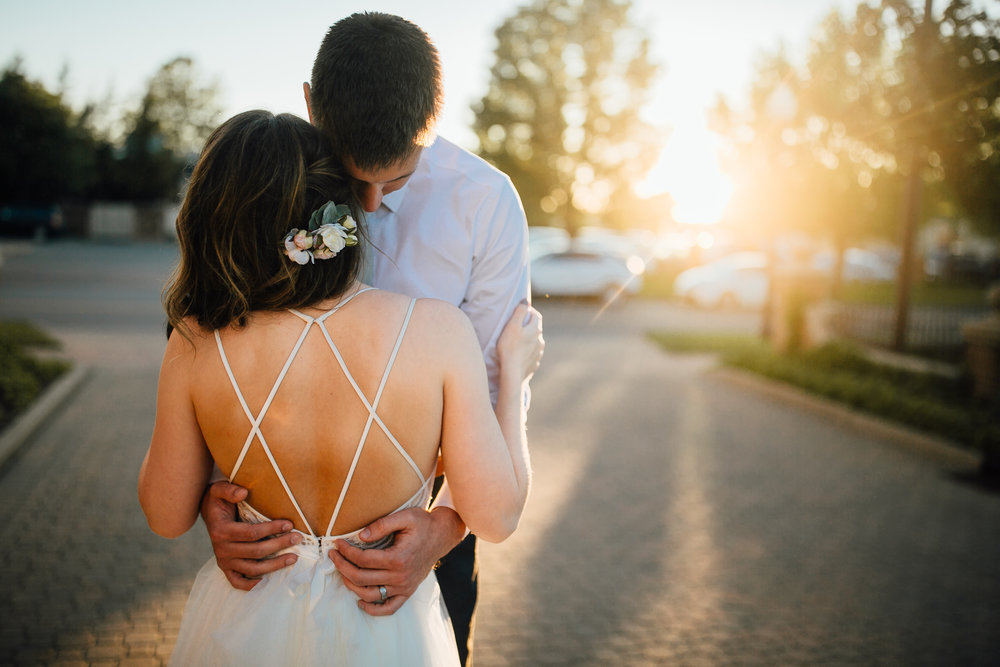 2018-6-Kat-Mike-Golden-Hour-Holland-Wedding-Michigan-Wedding-Photographer-9.jpg