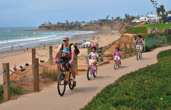 Cycling in Pacific Beach | Photo courtesy of sandiego.org