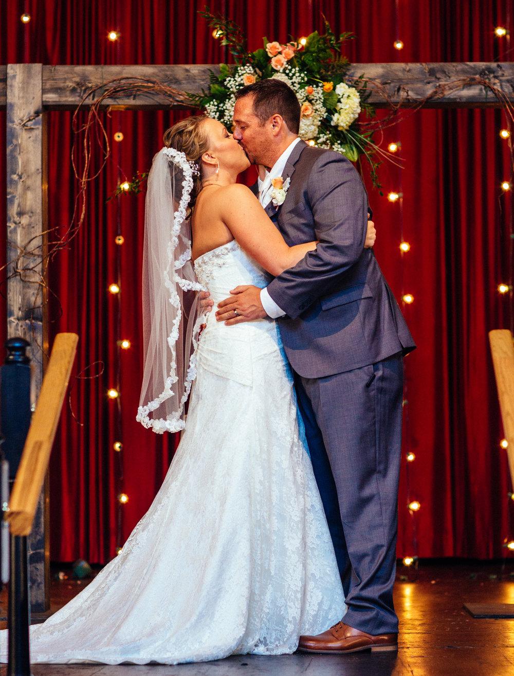 AT_Wedding-148.jpg