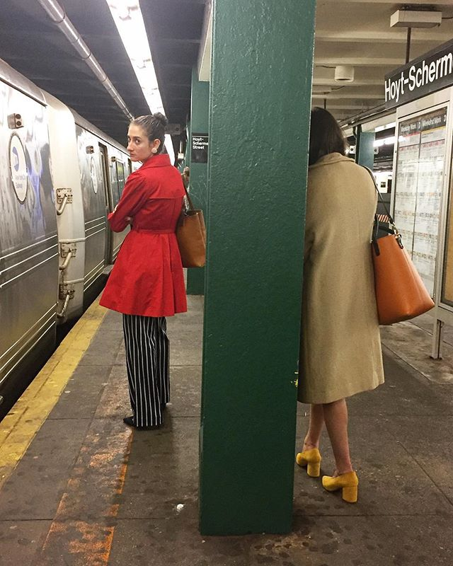 A morning Color-blocking | Brooklyn | by @emmapratte #red #yellow #stripes