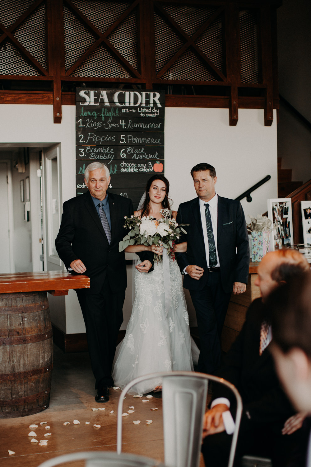 Sea-Cider-Farm-Wedding-103.jpg