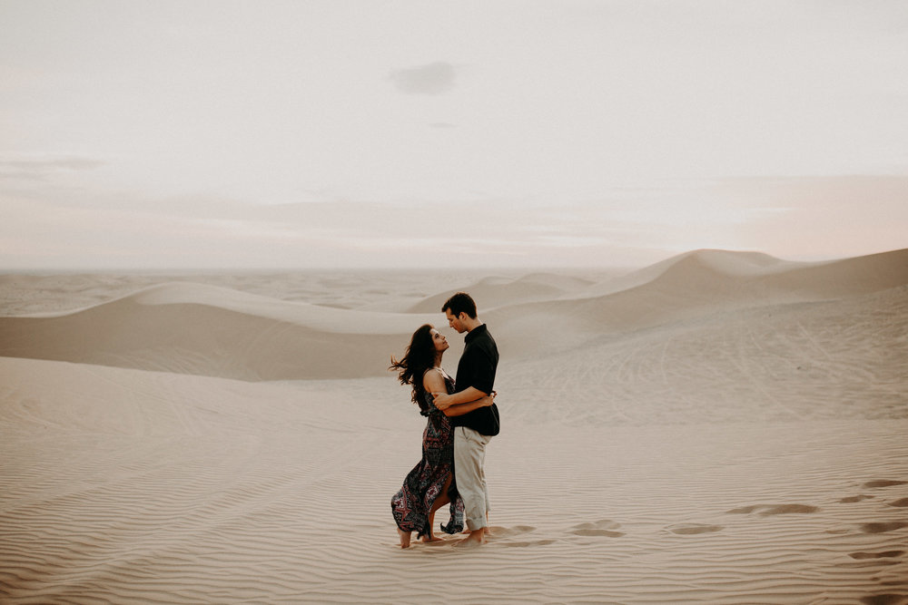 Best-place-to-elope-near-palm-springs-glamis- sand-dunes-42.jpg