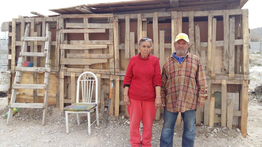 16CJ0005Familia Leiva Vazquez.jpg