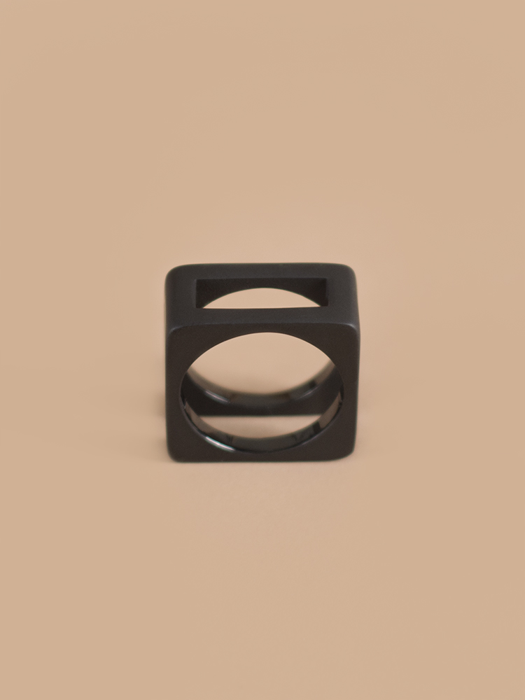 Ring08-2.jpg