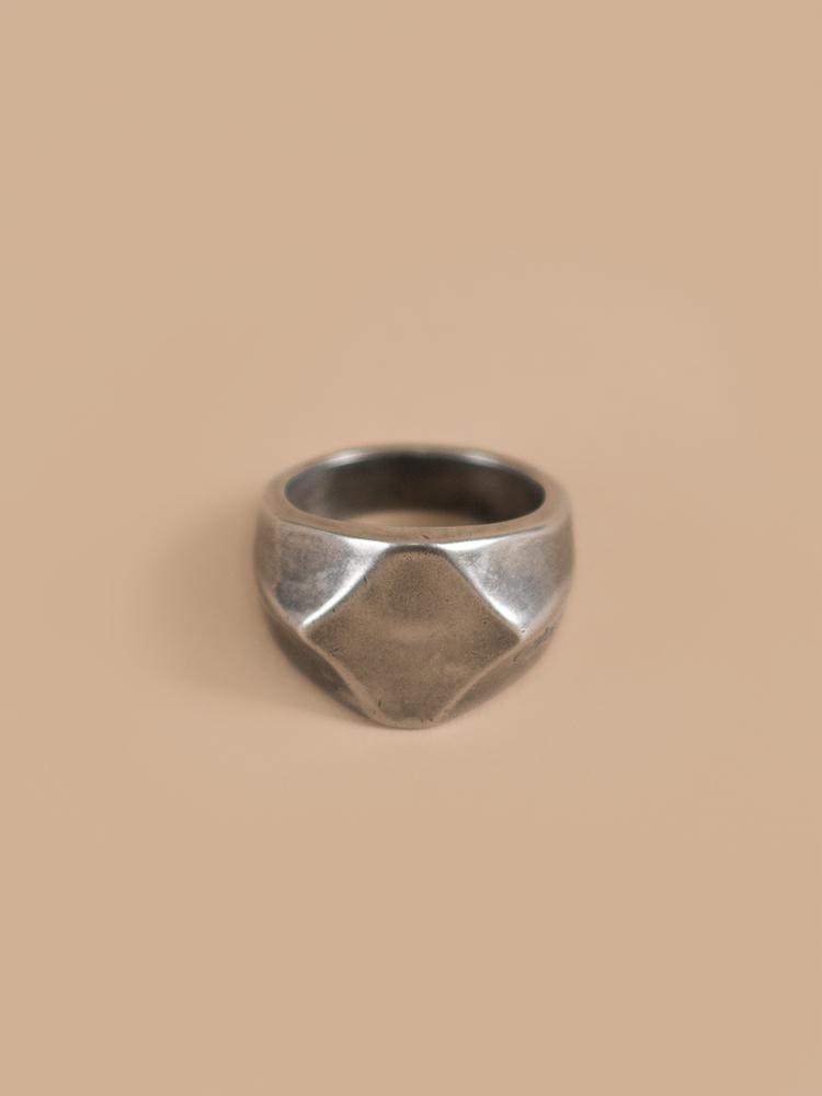 Ring09-3.jpg