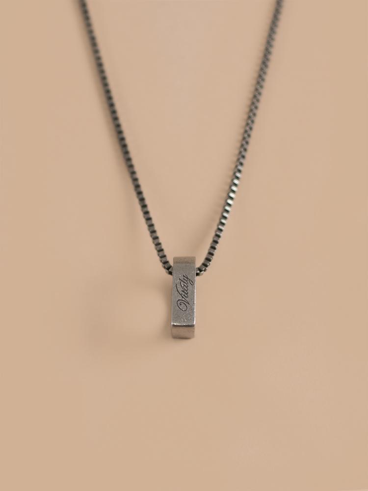 Necklace-03.jpg