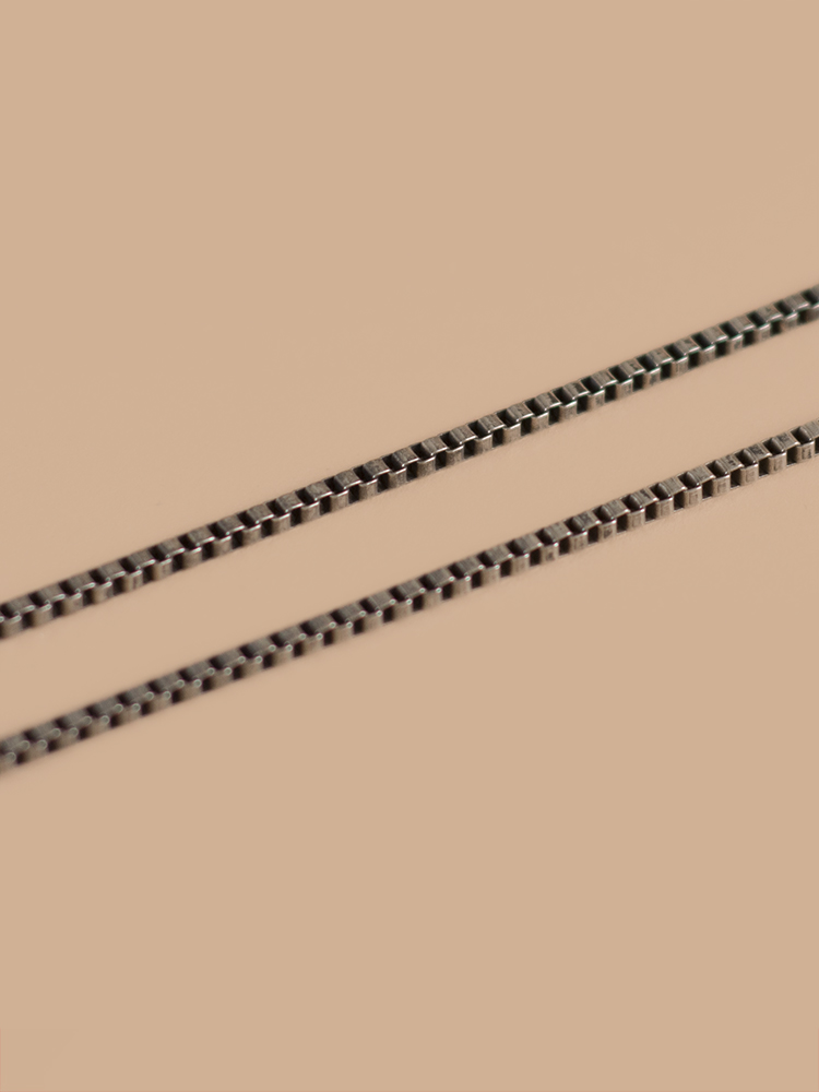 Necklace-03-1.jpg