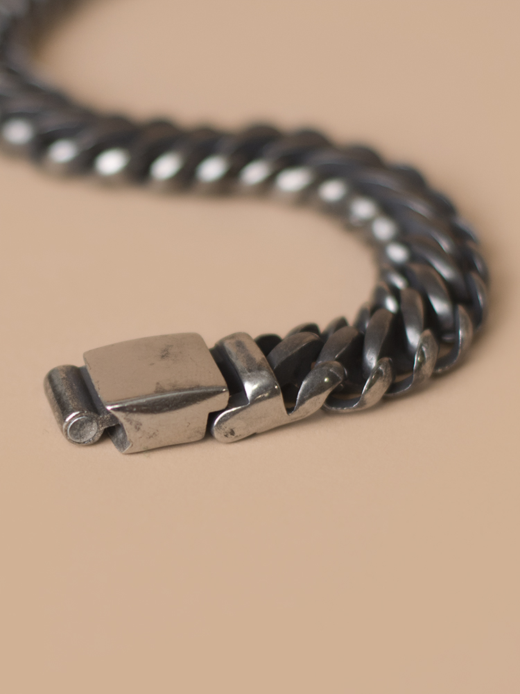 Bracelet_013_Extra_2.jpg