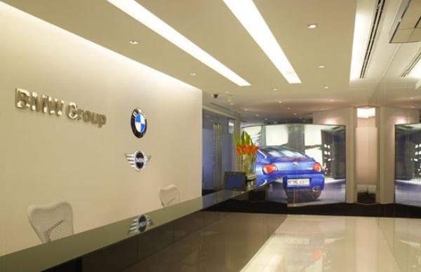 BMW10_b.jpg