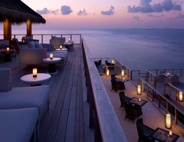 banjarong-dusit-thani-maldives (1).jpg