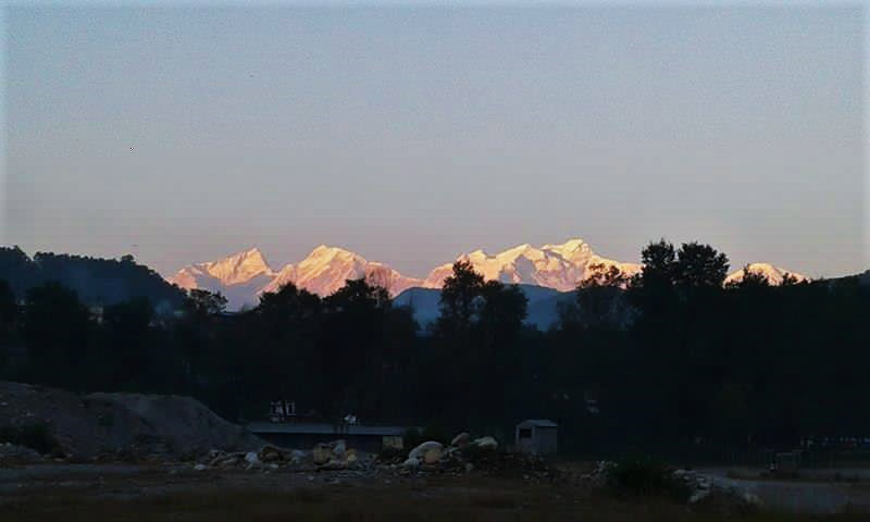 Annapurna Massif. Sunset in Damauli, Nepal.  Photo: Ola Opdal