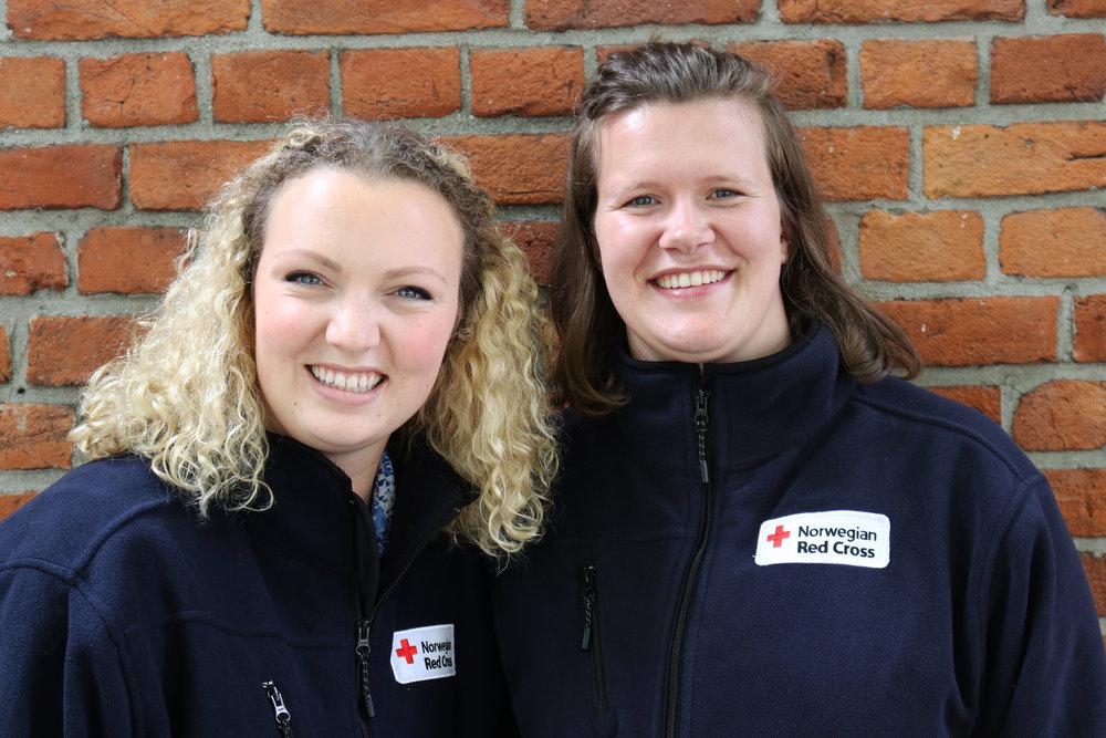 De izquierda a derecha: Sofie, Kristine. (Foto de: Sverre Ø. Eikill, Norwegian Red Cross Youth.