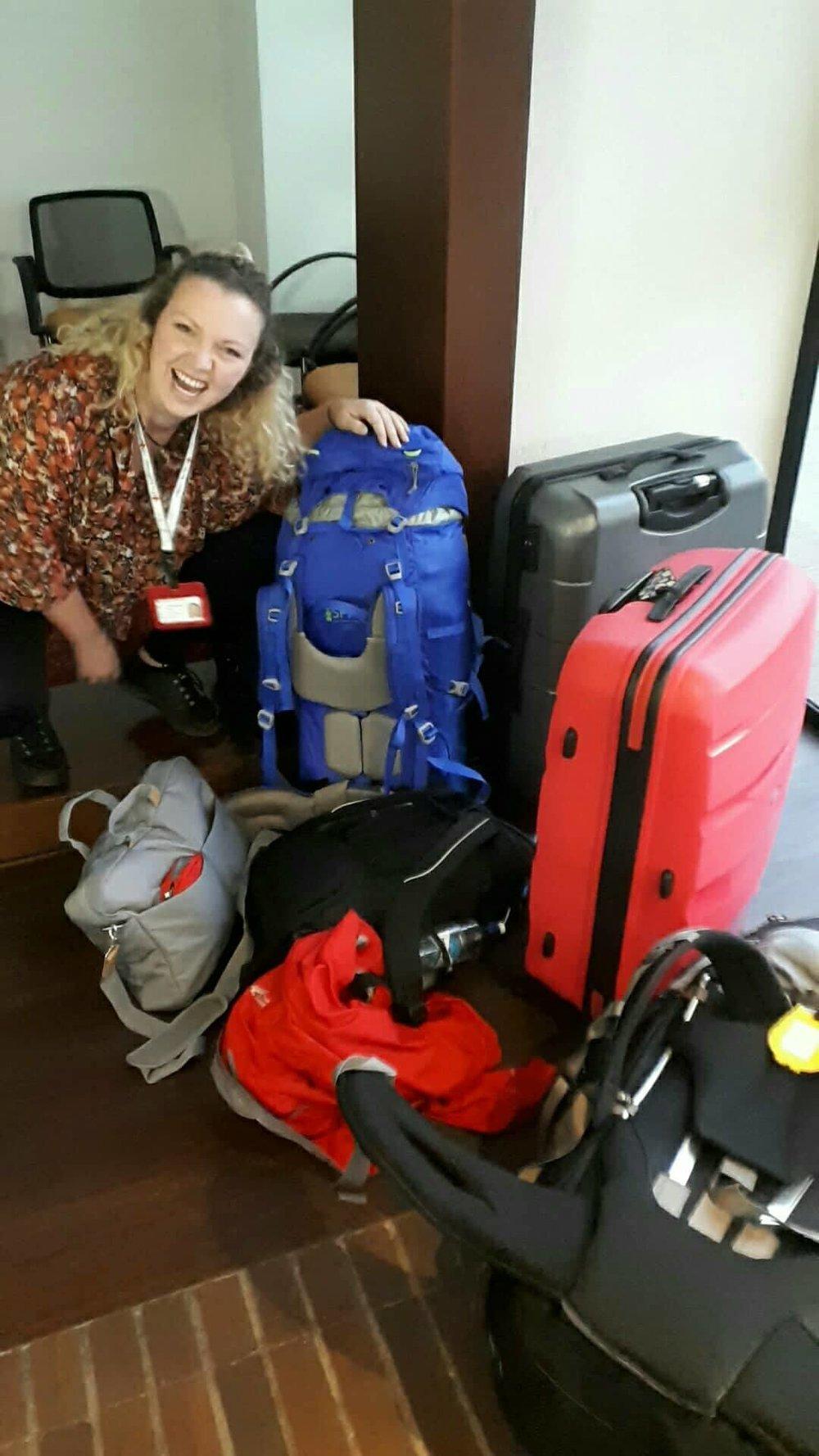 En nuestra viaje de Bogotáa Medellín con todo nuestra equipaje. Foto de: Kristine Nordås Toska, Cruz Roja Noruega.
