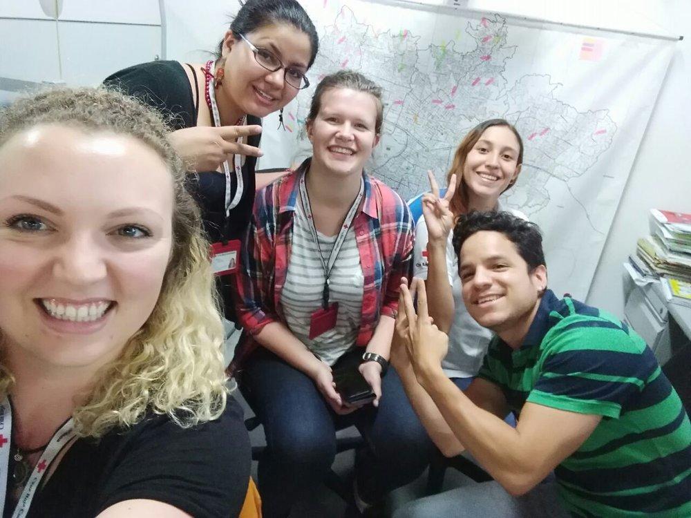 Algunos de nuestras encantadores colegas en la oficina. Foto de: Sofie Bele, Cruz Roja Noruega.