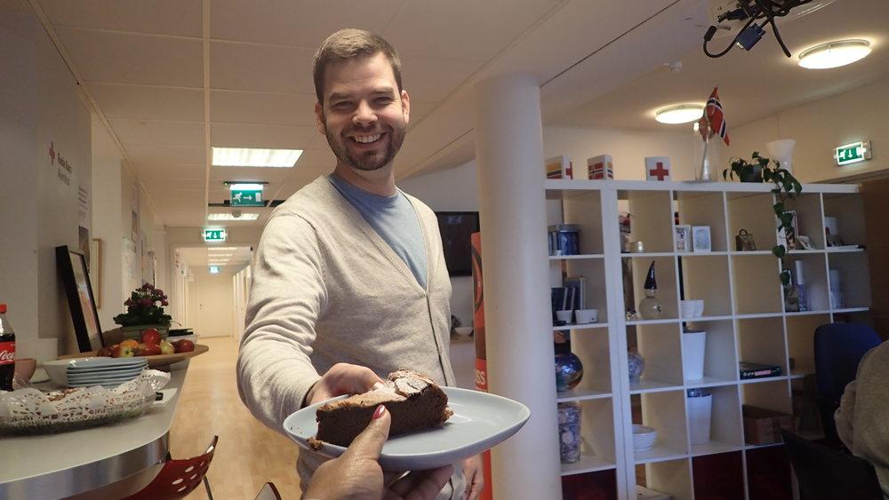 Sigbjørn was sharing cake with us.