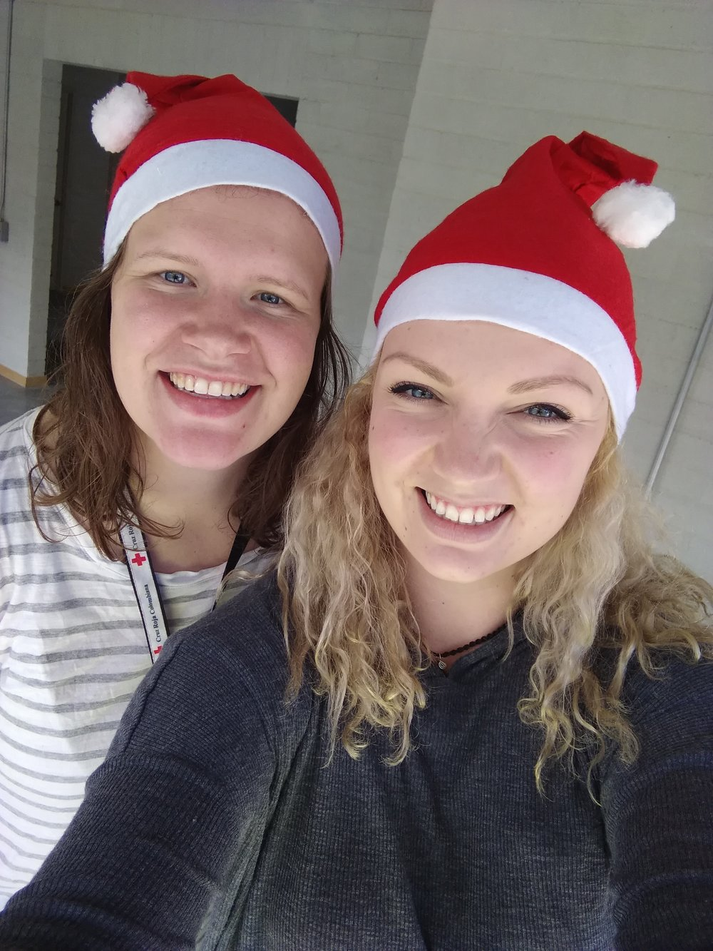 Christmas selfie, Kristine Nordås Toska and Sofie Sundström Bele.  Selfie by: Sofie S. Bele